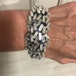 J crew bracelet with crystal banquettes Euc